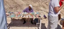 Man selling souvenirs at the St George lookout